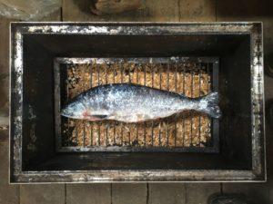 kopchenaya-ryba-gorbusha-beloe-more