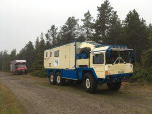 motorhome-man-6x6-camper