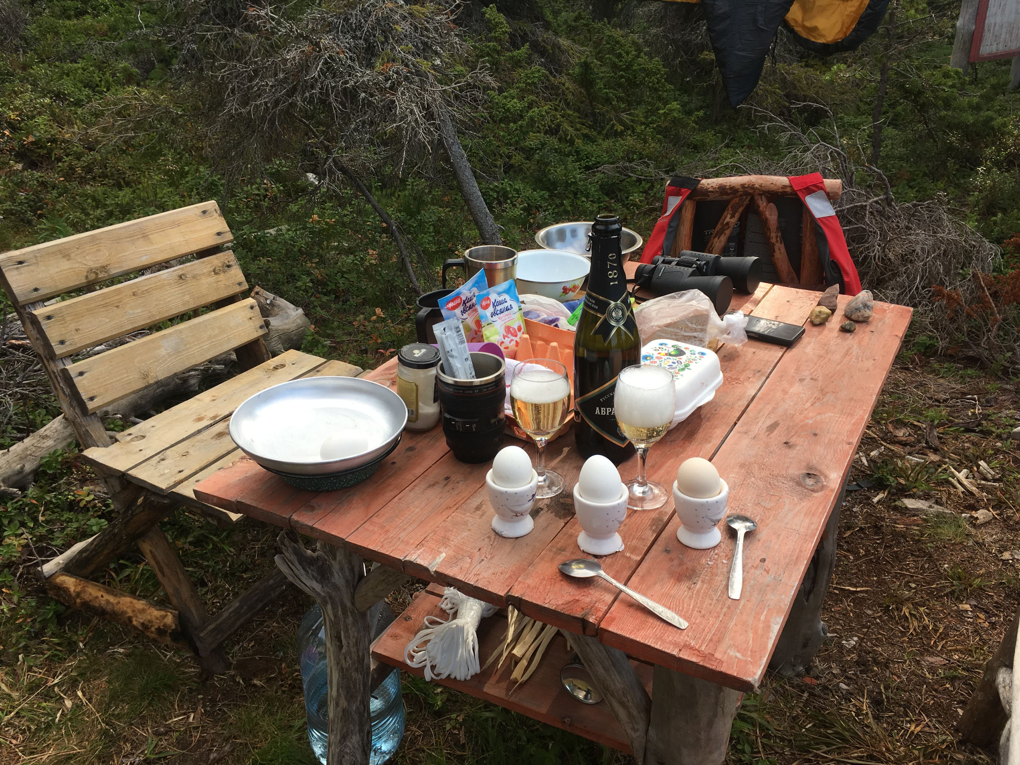 vanlife-breakfast