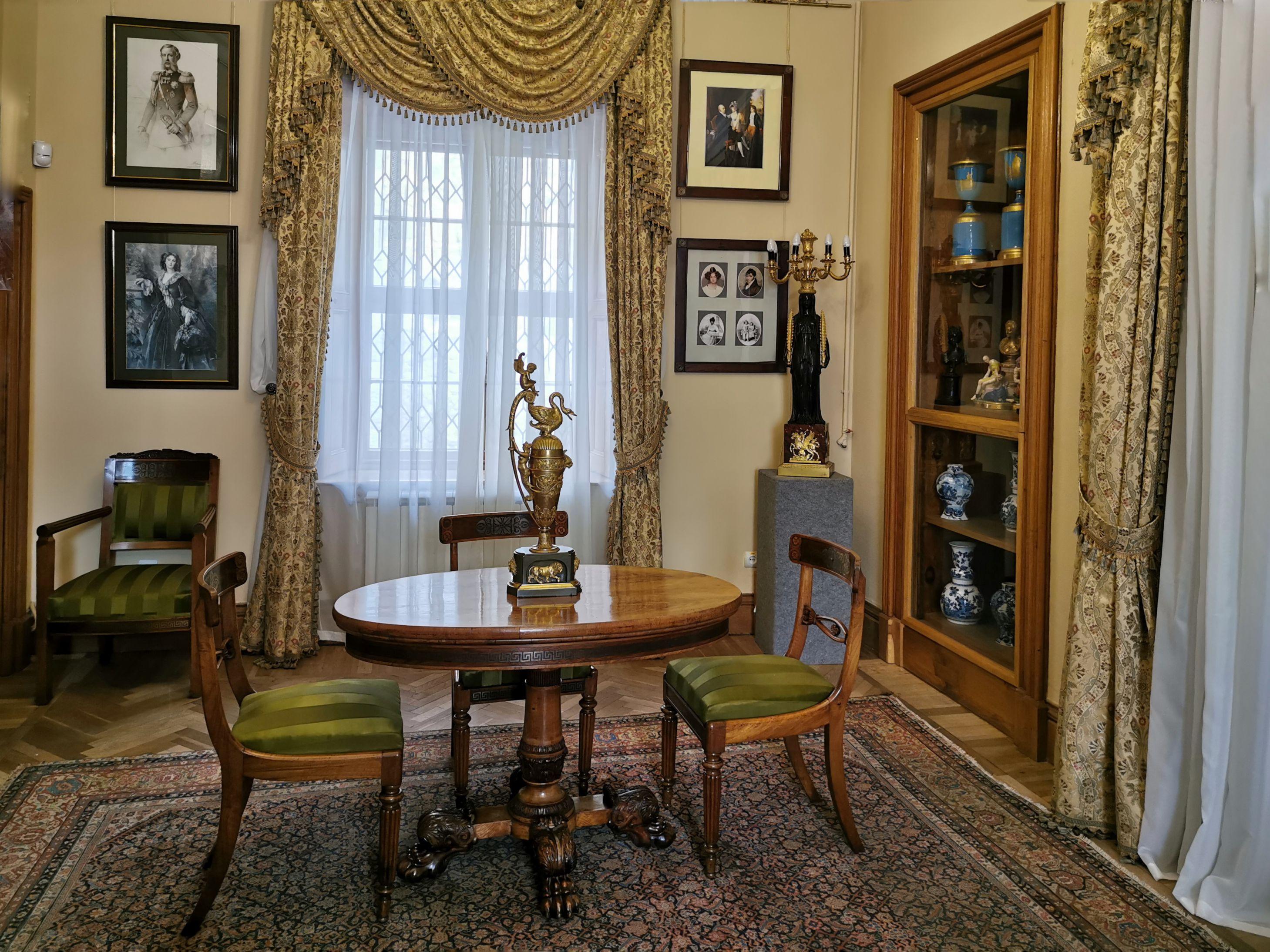 muzej-vorontsovskogo-dvortsa