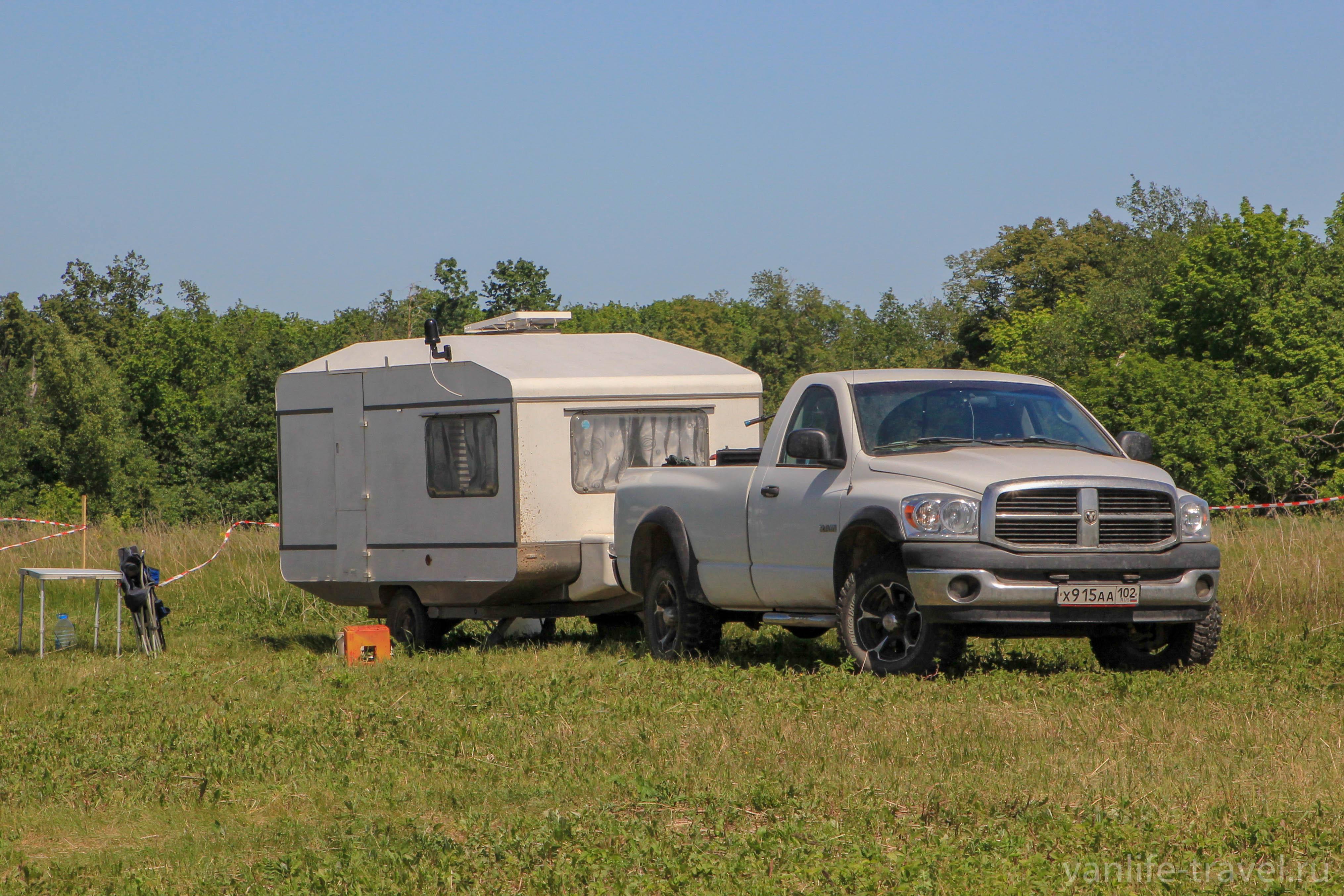 dodge-ram-caravan