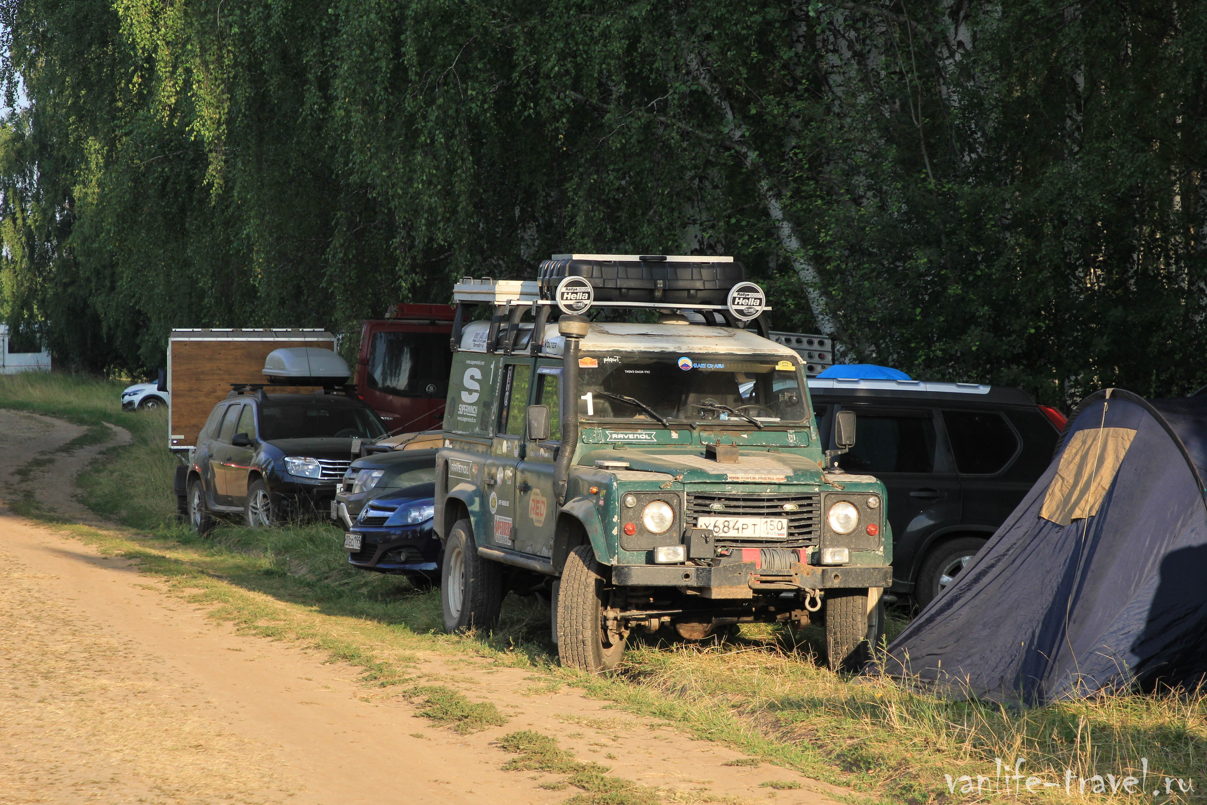 land-rover-defender-trushnikov